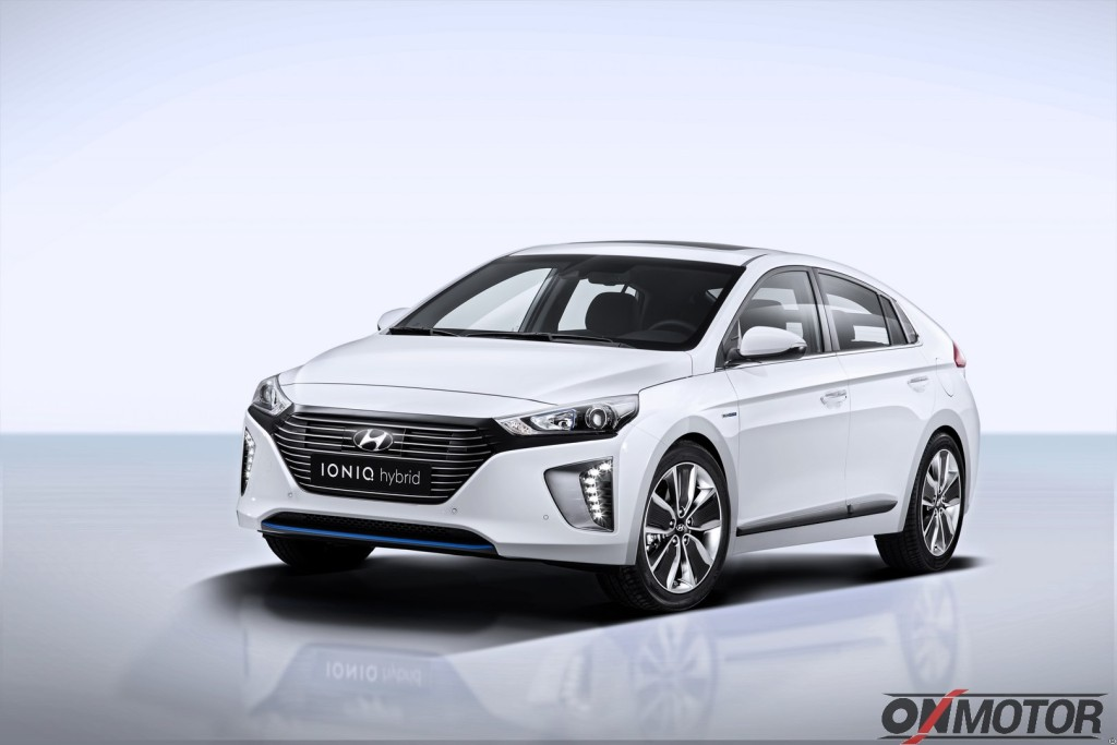IONIQ Hybrid (2)