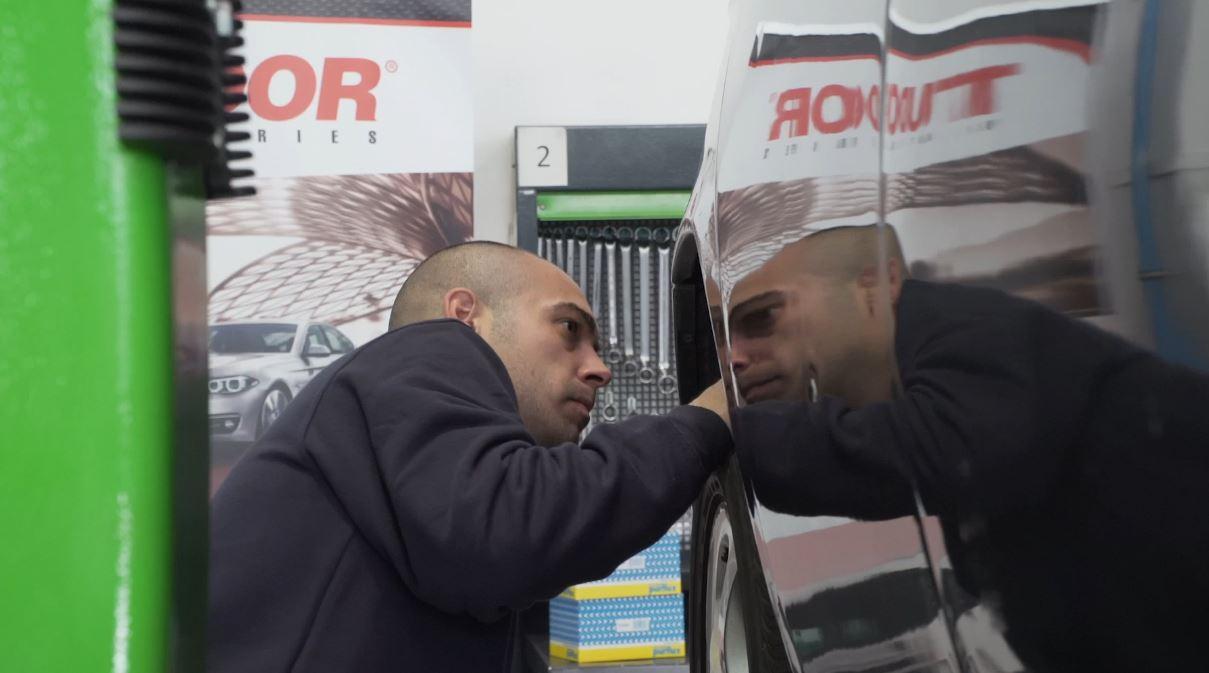 """""""Ojalá gane y se dé un par de vueltecitas en Nürburgring"""""""