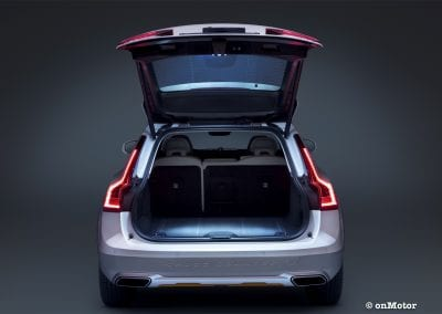 Volvo V90 Cross Country Volvo Ocean Race boot