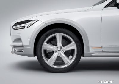 Volvo V90 Cross Country Volvo Ocean Race exterior detail