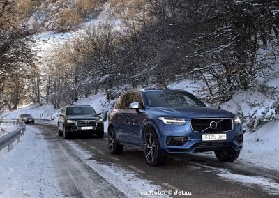 audi sq7 vs volvo xc90 t8 r-design-45
