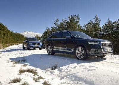 audi sq7 vs volvo xc90 t8 r-design-48