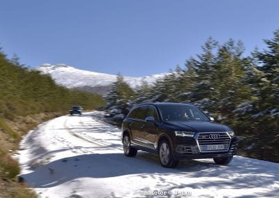 audi sq7 vs volvo xc90 t8 r-design-51