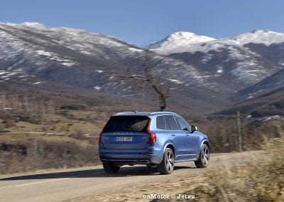 audi sq7 vs volvo xc90 t8 r-design-77