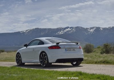 audi tt rs vs porsche cayman s 718 vs mb a-45 amg vs bmw m240i-24