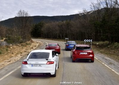 audi tt rs vs porsche cayman s 718 vs mb a-45 amg vs bmw m240i-33