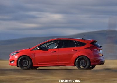 ford_focus_st-line_tdci150_-13