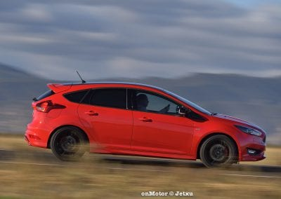ford_focus_st-line_tdci150_-14