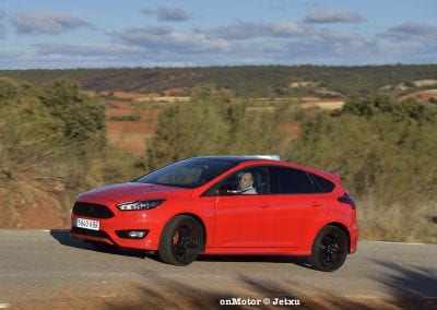 ford_focus_st-line_tdci150_-22