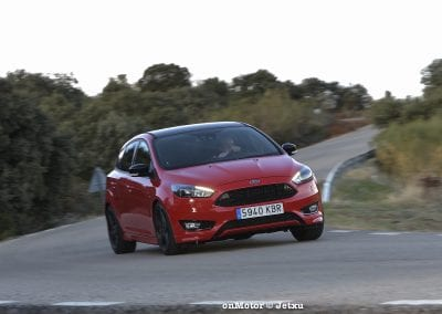 ford_focus_st-line_tdci150_-28