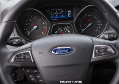 ford_focus_st-line_tdci150_-5