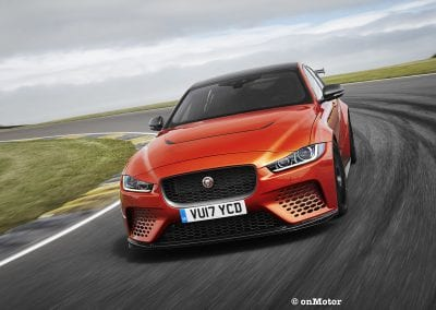 jaguar xe sv project8_-5