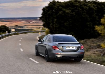 mercedes-benz e63s amg 4matic+-27