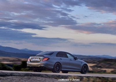 mercedes-benz e63s amg 4matic+-30