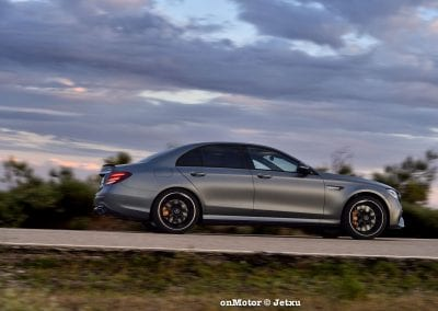 mercedes-benz e63s amg 4matic+-33