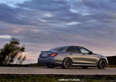 mercedes-benz e63s amg 4matic+-34