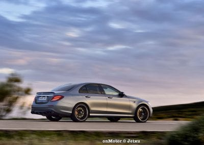 mercedes-benz e63s amg 4matic+-38