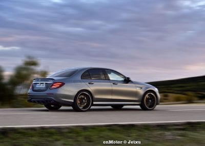 mercedes-benz e63s amg 4matic+-39