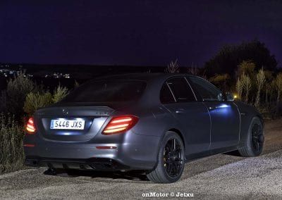 mercedes-benz e63s amg 4matic+-48