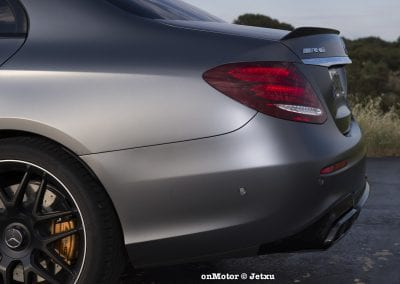 mercedes-benz e63s amg 4matic+-8