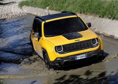 New Jeep Renegade MY19_TRAILHAWK (4)