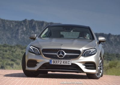 mercedes_benz_e220d_coupe-11