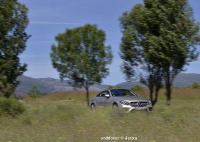 mercedes_benz_e220d_coupe-36
