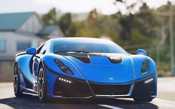 El GTA Spano, en el nuevo Forza Horizon 4, desarrollado por Playground Games y Turn 10 Studios y distribuido por Microsoft Studios para Xbox One y Windows 10