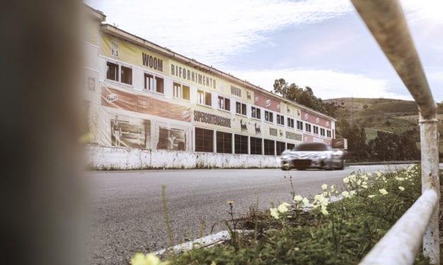 MASERATI CELEBRA ANIVERSARIO DE VICTORIA EN LA TARGA FLORIO