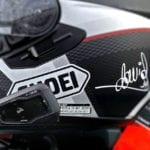 La DGT no aclara el uso del bluetooth en moto
