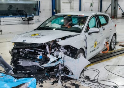 SEAT Leon e-Hybrid 2020 crash test