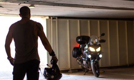 Sentencia en Madrid sobre la utilización de intercomunicadores bluetooth en los cascos de moto